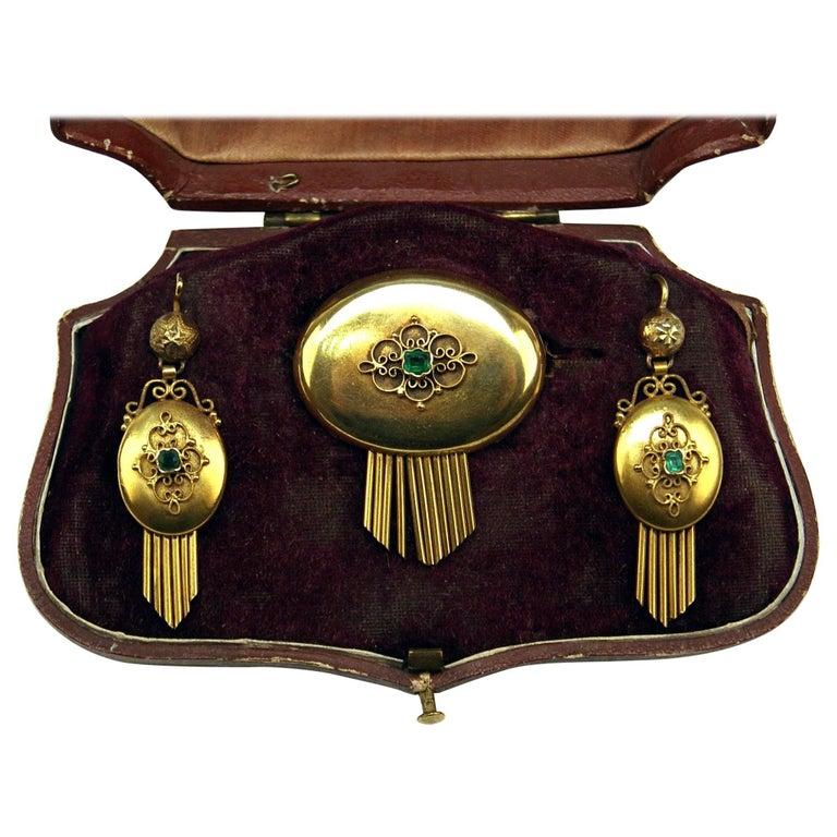 Drop Earring Brooch Jewelry Set 14 Carat Gold Emeralds Vintage, Vienna, Austria For Sale