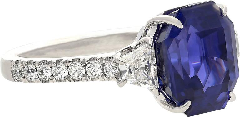 "Set in 18k White Gold. Certified by SSEF to be of Sri-Lanka origin,  Emerald-Cut, and free of thermal enhancement (unheated).  Total weight 8.17 carats (0.98 carat diamond weight) The Sapphire is classified as a ""color-change"" sapphire,"
