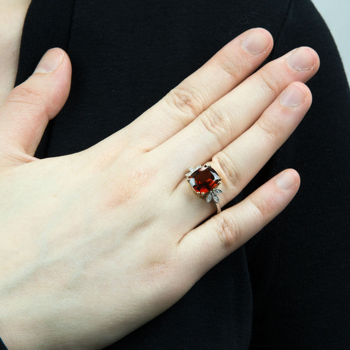 5 84 Carat Cushion Cut Spessartite Garnet Diamond Gold