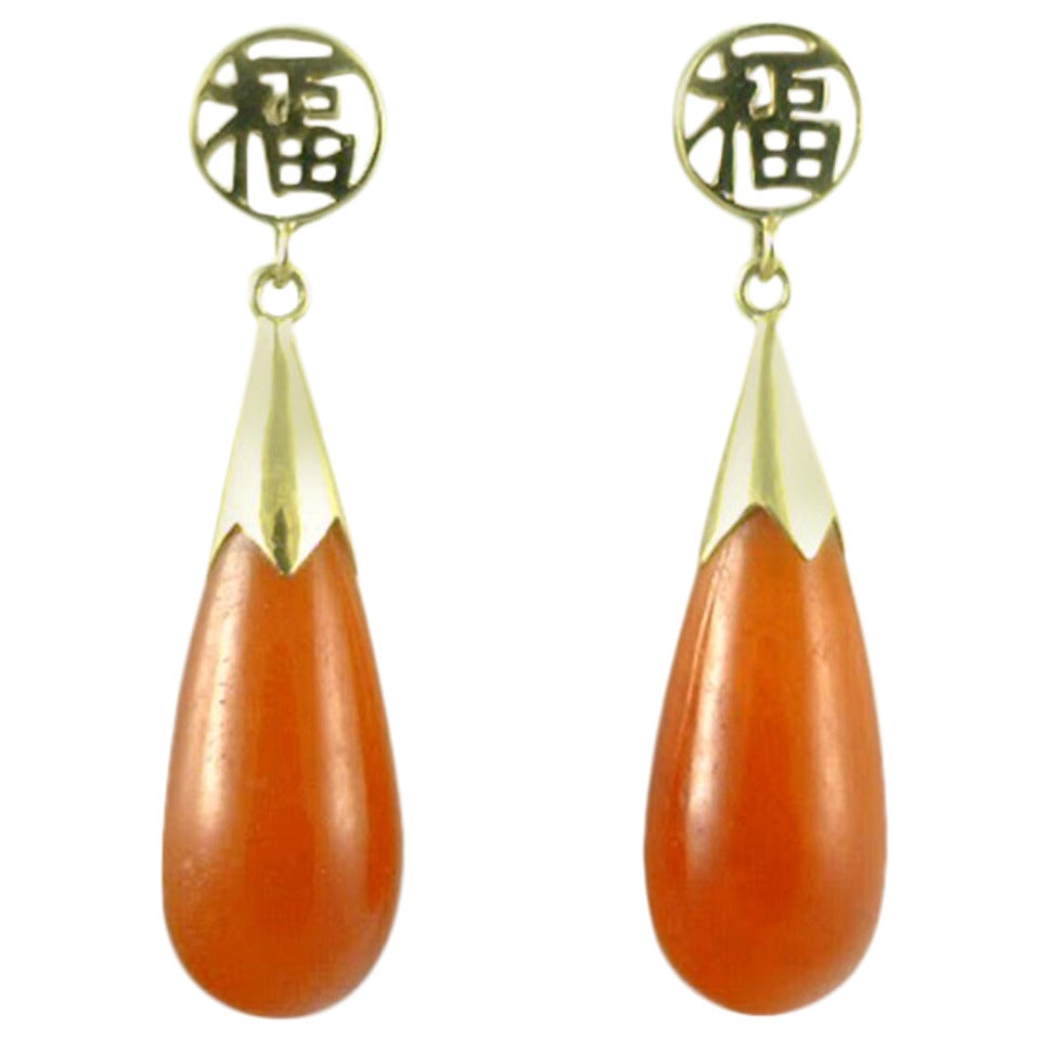 Chinese Carnelian Gold Teardrop Earrings For Sale