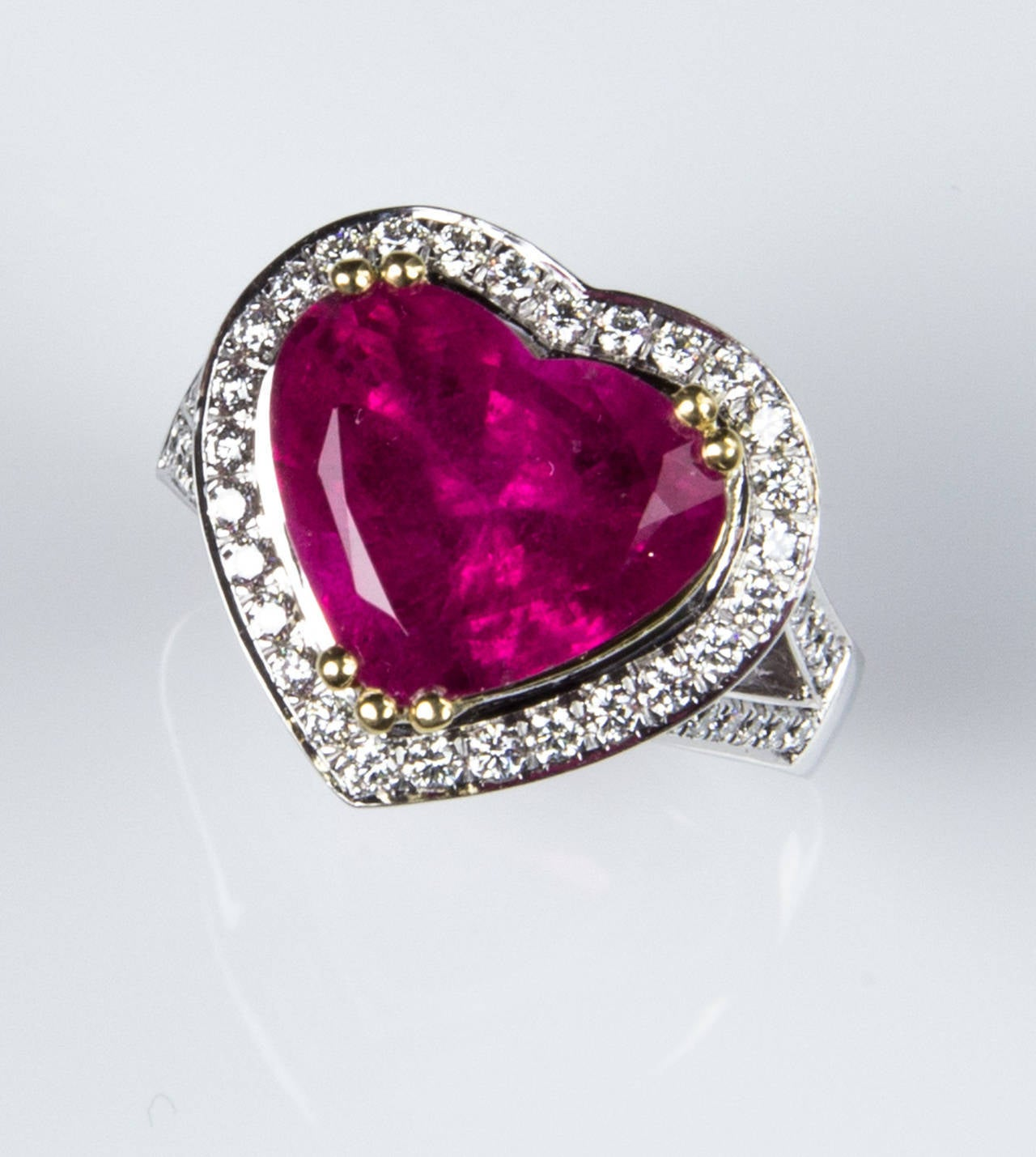 6.97 Carat Rubellite Heart Diamond Gold Statement Ring For Sale 3