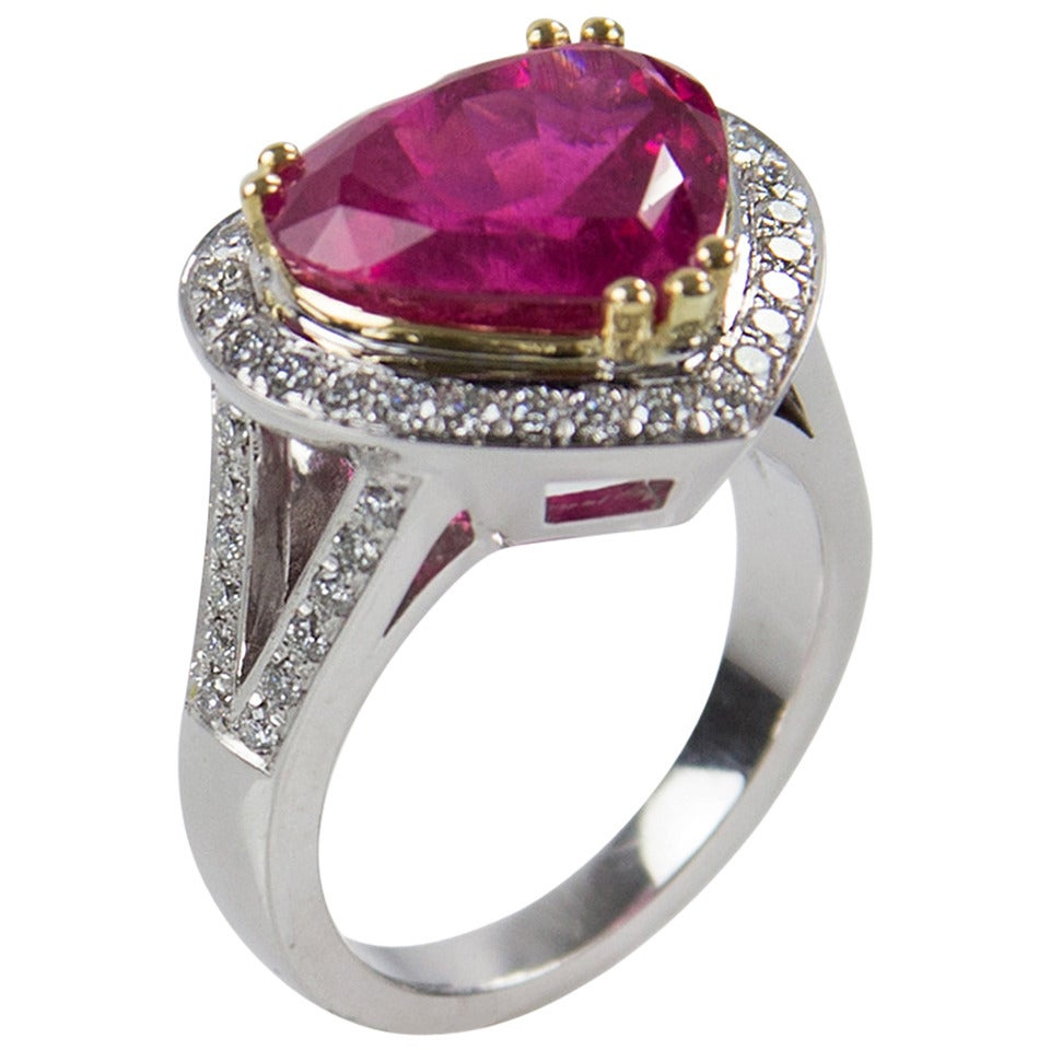 6.97 Carat Rubellite Heart Diamond Gold Statement Ring For Sale