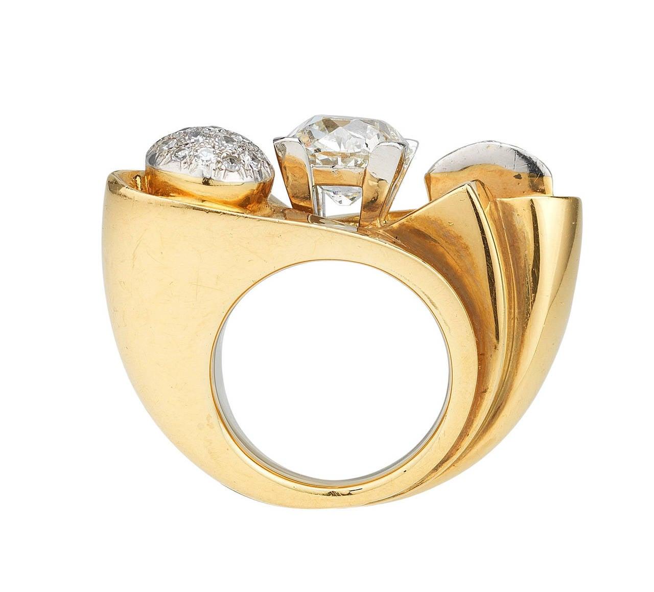 retro impressive yellow gold platinum ring