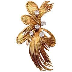 Mauboussin Paris Diamond Yellow Gold Brooch 1960's