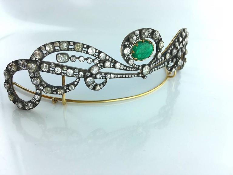 Antique Edwardian Emerald Diamond Tiara In Excellent Condition For Sale In Geneva, CH