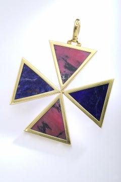 1970s Cross Yellow Gold Lapis Lazuli Oversized Pendant Necklace