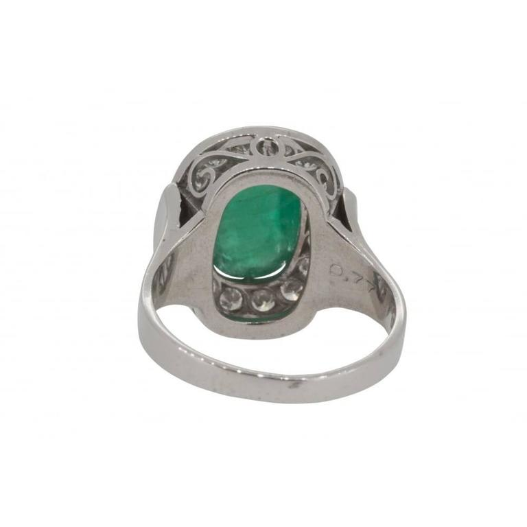 Women's 1970s Scandinavian Design Cabochon Cut Emerald Diamond White Gold Ring For Sale