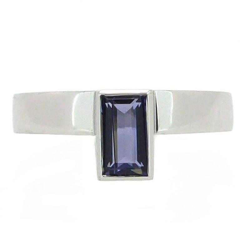 Contemporary Iolite White Gold Dress Solitaire Ring