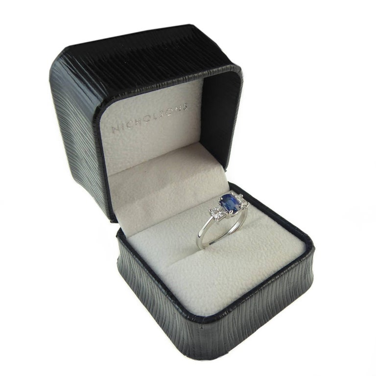 Sapphire and Diamond Engagement Ring in Traditional Style In New Condition For Sale In Yorkshire, West Yorkshire