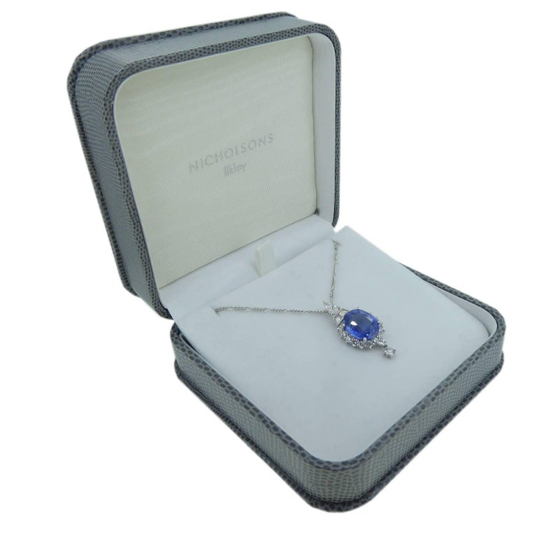 Women's 7.60 Carat Sapphire Pendant, Baguette, Diamonds, circa 1980 For Sale