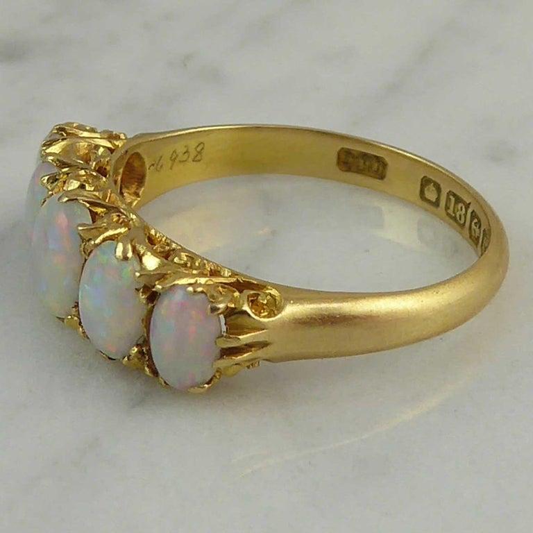 Antique Edwardian Opal Ring, Cabochon Cut, Birmingham, 1902, 18 Karat Gold For Sale 1