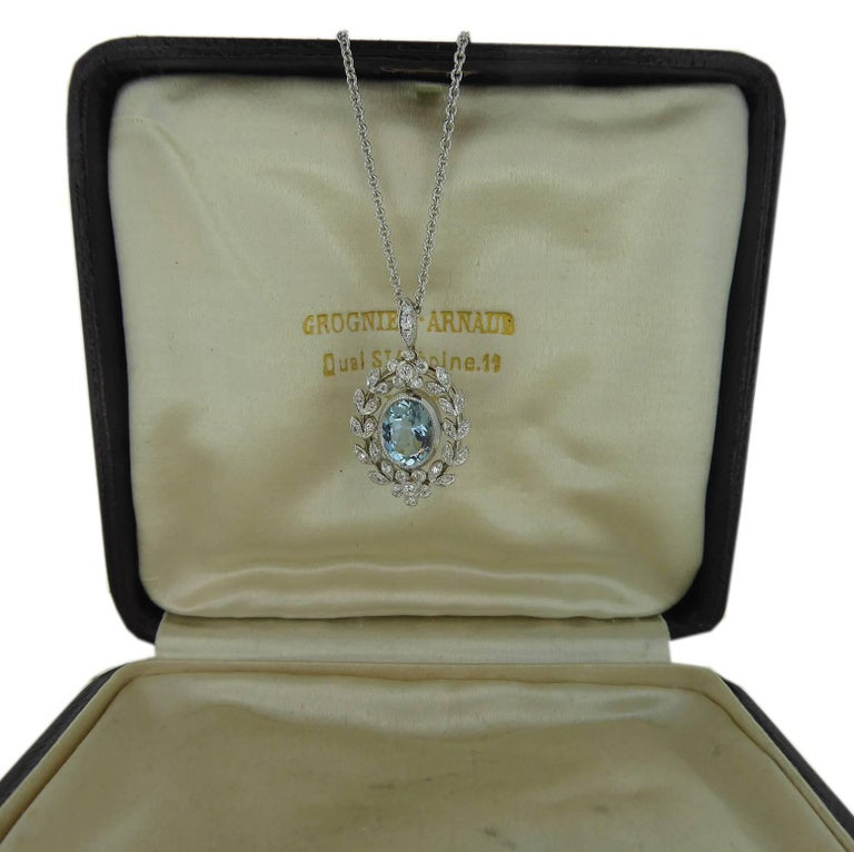 Antique Belle Époque Style 1.70 Carat Aquamarine and Diamond Pendant in 18 Carat 4