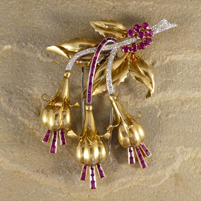 Round Cut 1950s Ruby and Diamond Floral Earring and Pin Set in 18 Carat Yellow Gold For Sale