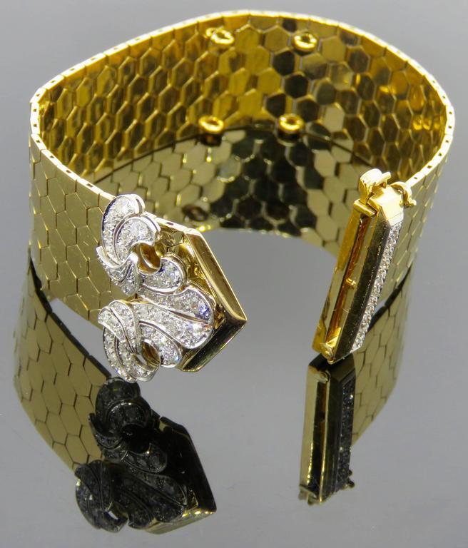 Women's Retro Van Cleef & Arpels Diamond Gold  Buckle Bracelet For Sale