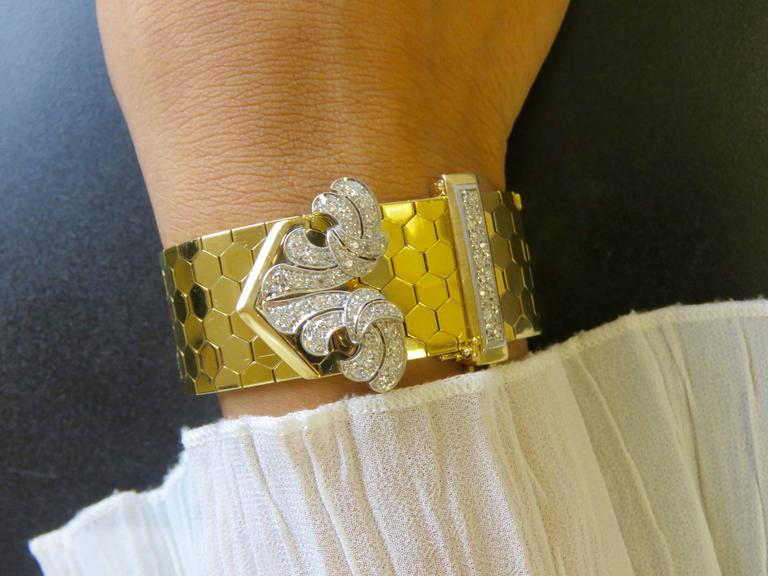 Retro Van Cleef & Arpels Diamond Gold  Buckle Bracelet For Sale 4