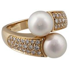Boucheron 18 Karat Yellow Gold Diamond and Pearl Crossover Ring