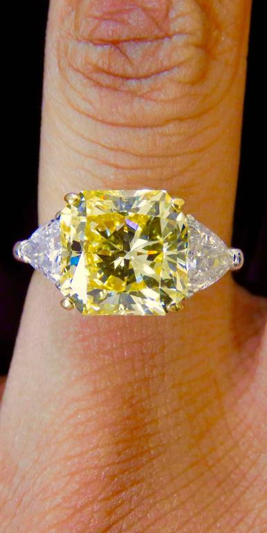 Cartier Fancy Intense Yellow Radiant Diamond Gold Ring 2
