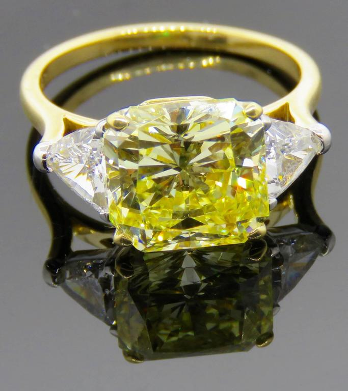 Cartier Fancy Intense Yellow Radiant Diamond Gold Ring 3