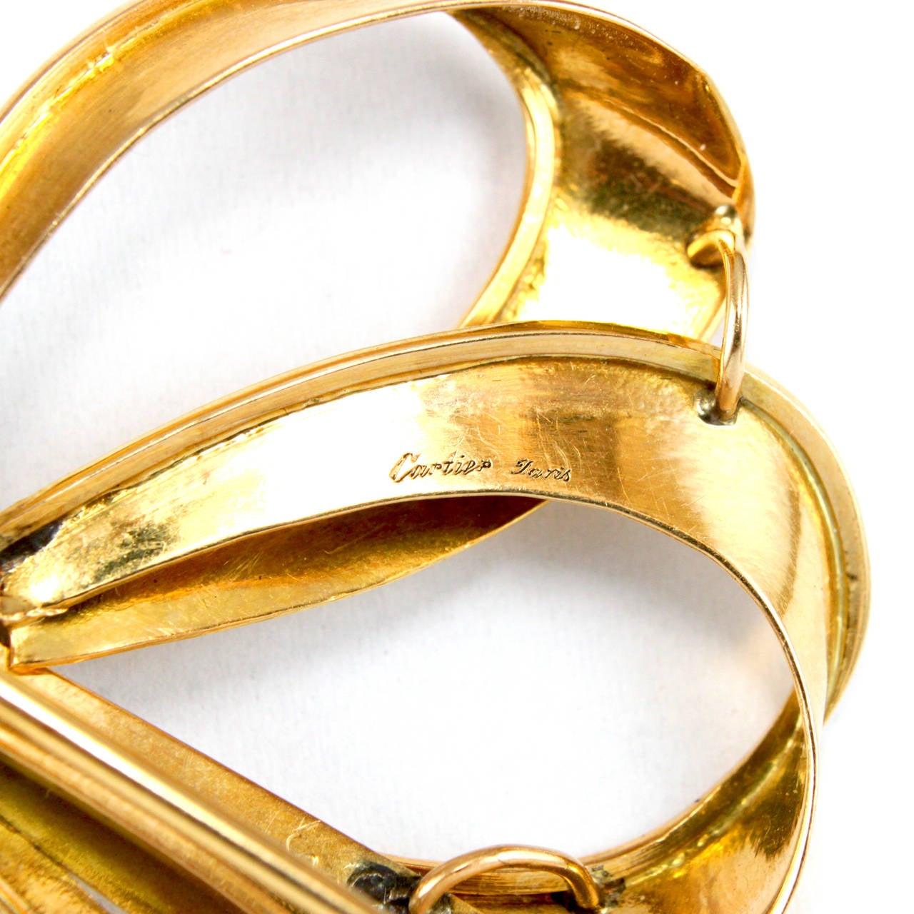 Cartier 1940s Diamond Gold Ribbon Bow Brooch In Good Condition For Sale In Idar-Oberstein, DE