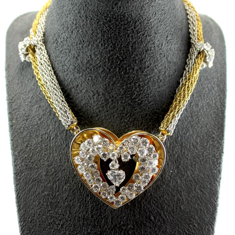 Modern ME Riedel Diamond Gold Heart Pendant Necklace For Sale