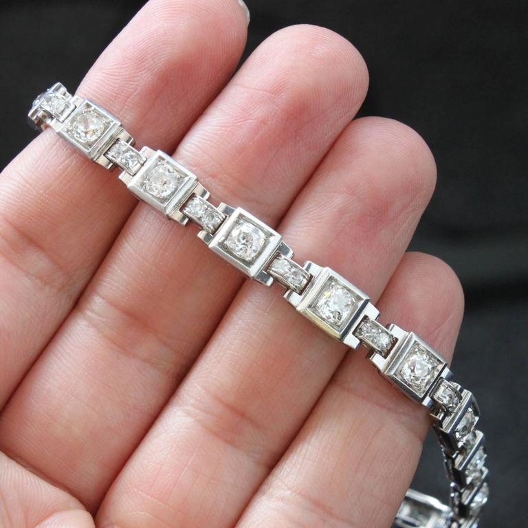 Women's 1930s French Art Deco Diamond Platinum Geometric Bracelet For Sale