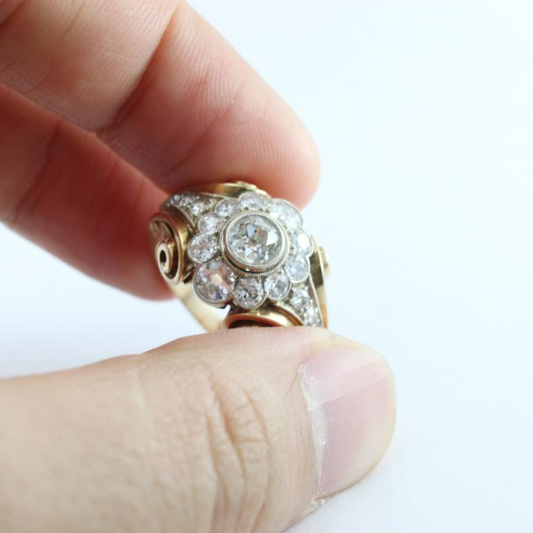 Old European Cut 1940s Retro Diamond Gold Cluster Ring For Sale