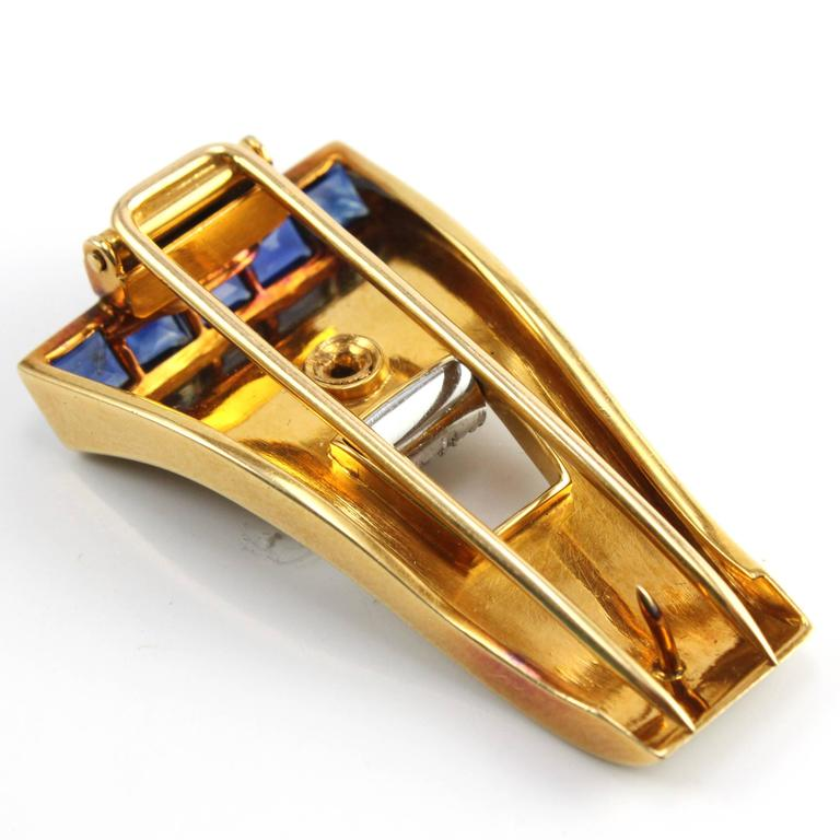 1940s 18k Gold Retro Sapphire and Diamond Clip Brooch For Sale 1