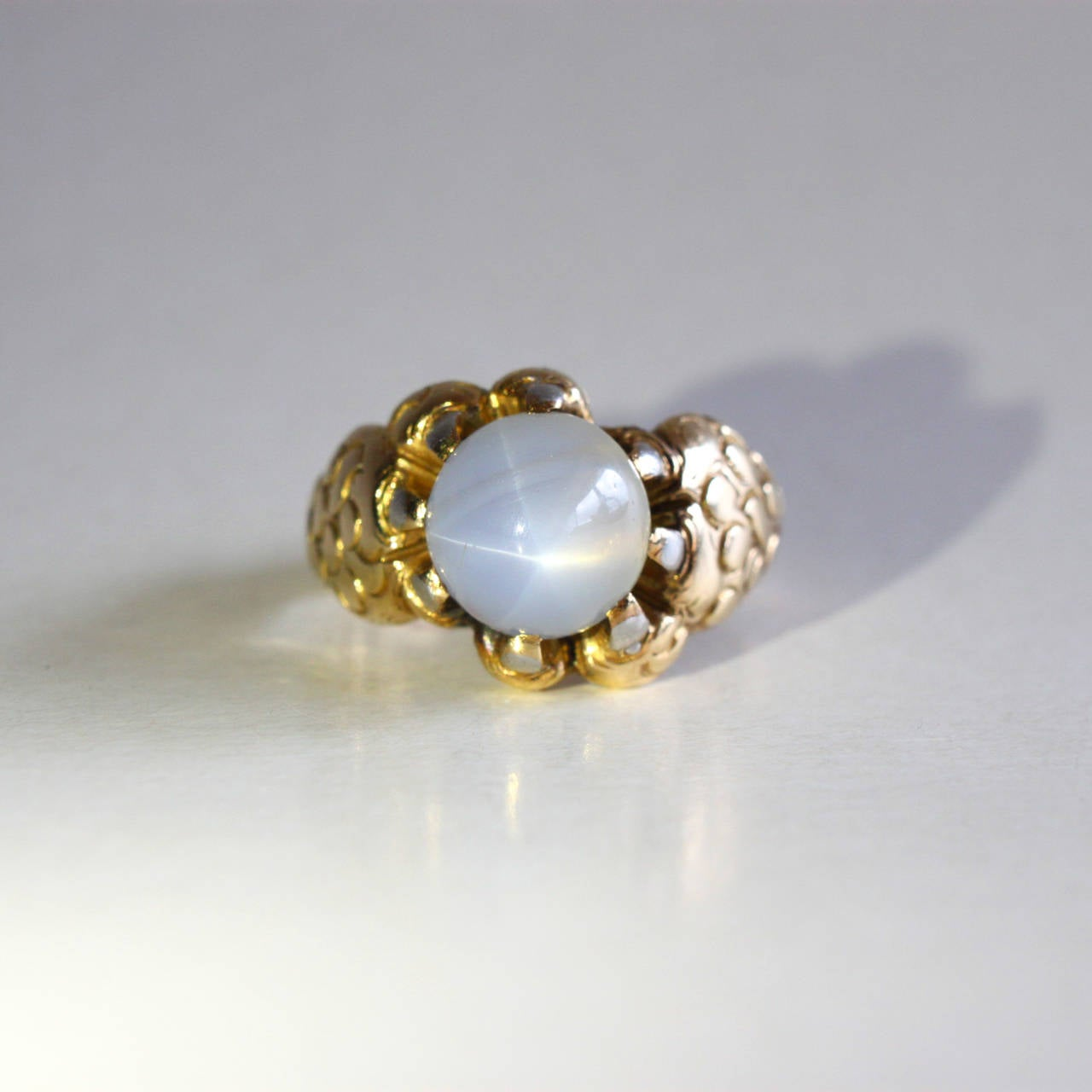 Gothic Revival Star Sapphire Gold Claw Ring For Sale