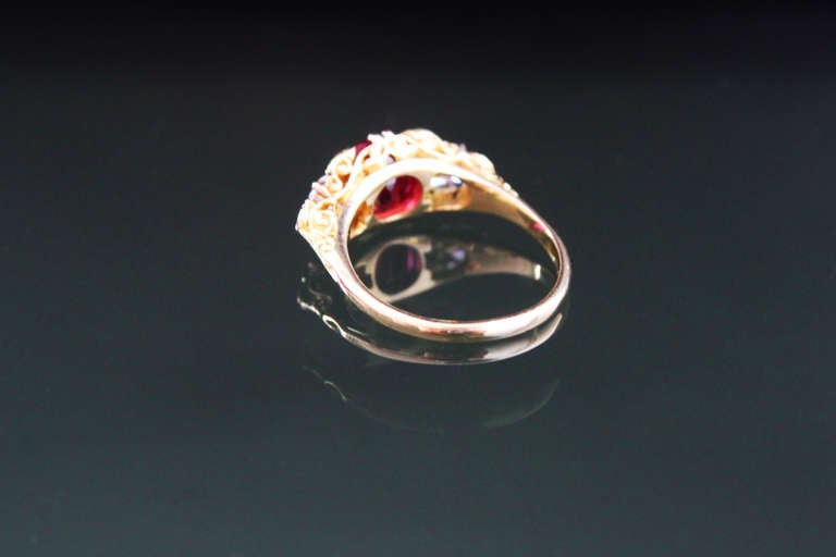 Victorian Spinel Diamond gold Five Stone Ring In Excellent Condition For Sale In Idar-Oberstein, DE