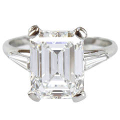 4.20 Carat E-VS1 Emerald Cut GIA Certified Solitaire and Baguette Diamond Ring