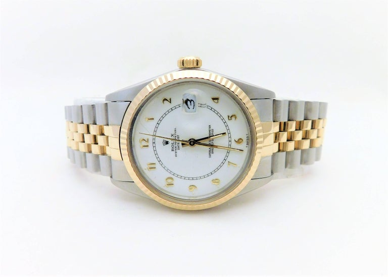 One of the most recognizable names in the world, Rolex has become a true symbol of status.  It is one of the only luxury timepiece investments that is guaranteed to increase in value over time. Swiss made in 1986, this Rolex Date just (model-16013
