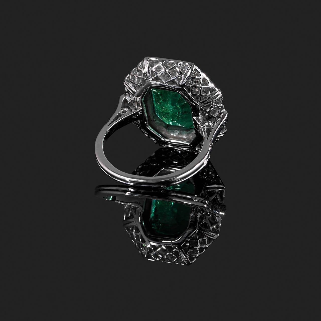 1930s Emerald Diamond Gold Platinum Ring 2