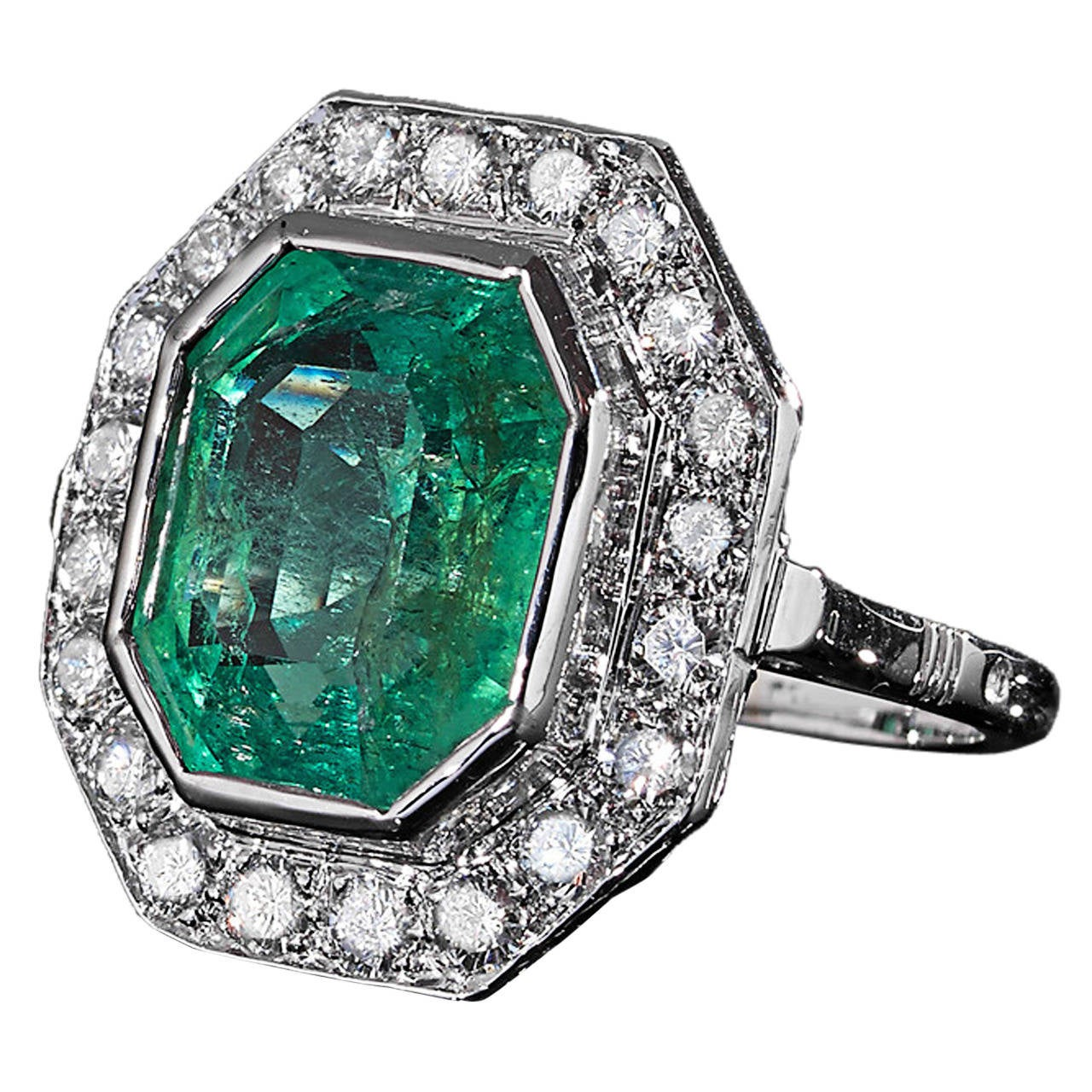 1930s Emerald Diamond Gold Platinum Ring 1