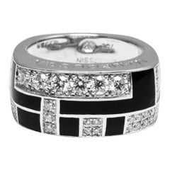 Mauboussin Diamond and Black Lacquer Gold Ring