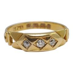 Antique Victorian Diamond 18 Carat Gold Ring