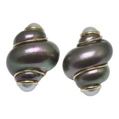 Maz Shell Mabé Pearl 14 Carat Gold Earrings