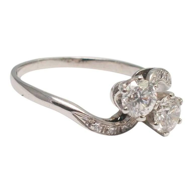 Antique Diamond Platinum Engagement Ring For Sale at 1stdibs