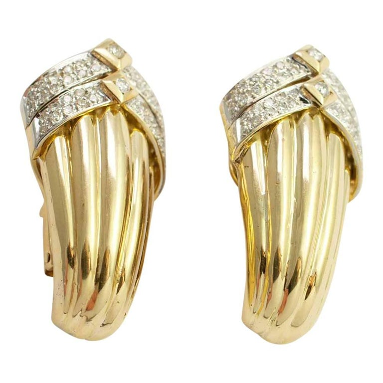 Gold Diamond Clip On Earrings For Sale 2