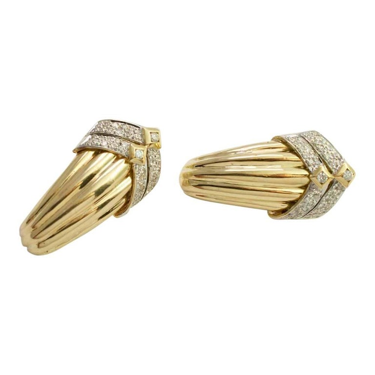 Gold Diamond Clip On Earrings For Sale 3