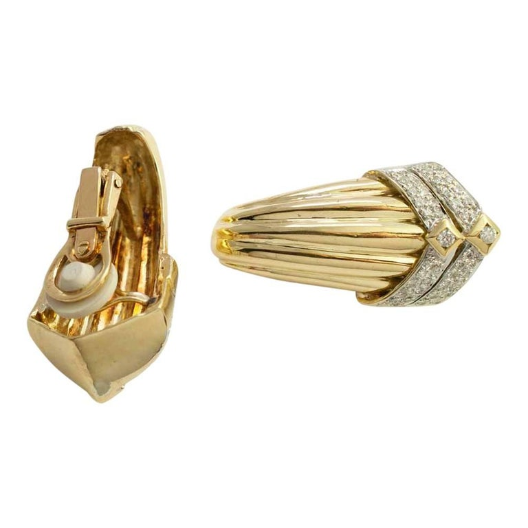 Gold Diamond Clip On Earrings For Sale 4