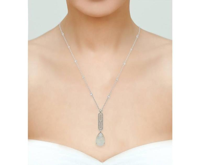 12.00 Carat Opal and Diamond Necklace In New Condition For Sale In Birmingham, GB