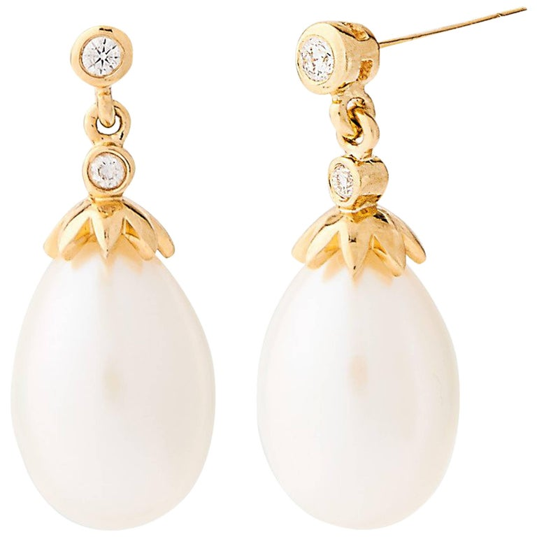 18 Carat Gold Freshwater Pearl and Diamond Drop Earrings