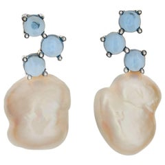 MAVIADA'S Cavallo White Baroque Pearl Cabochon Blue Topaz 18 karat Gold Earrings