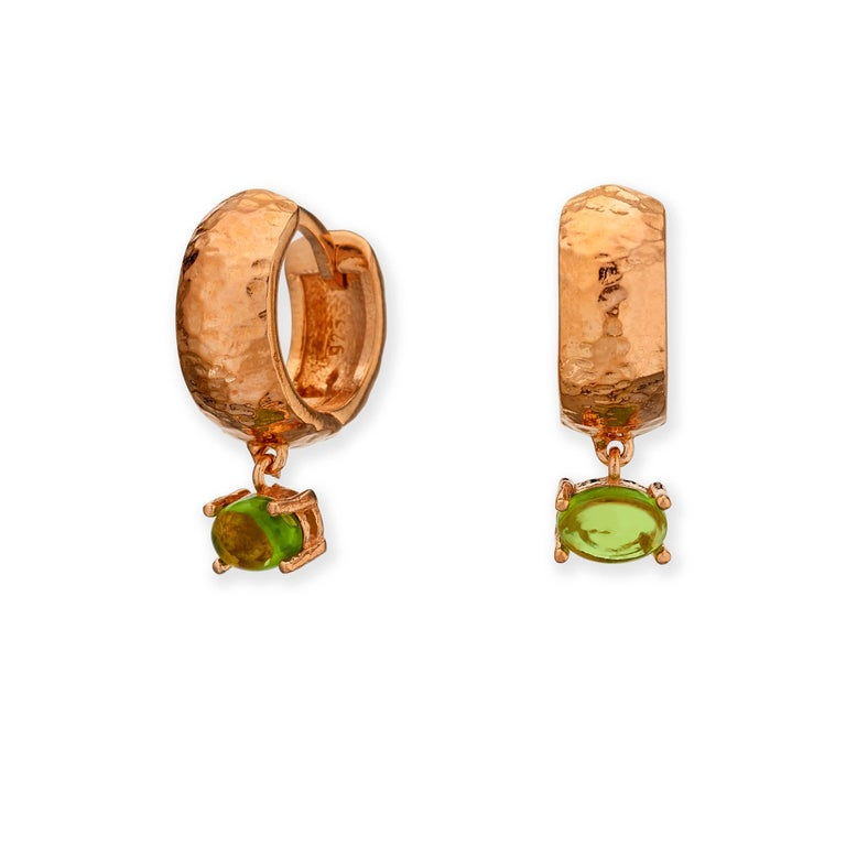 Women's or Men's Maviada's White Rhodium Vermeil Bastia Mini Green Amethyst Modern Hoop Earring For Sale