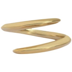 Crossover Ring in 9 Karat Yellow Gold by Allison Bryan