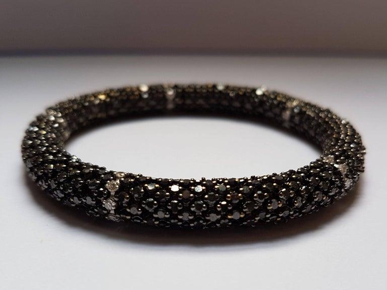 Modern Black Diamond White Gold Flexible Bracelet For Sale