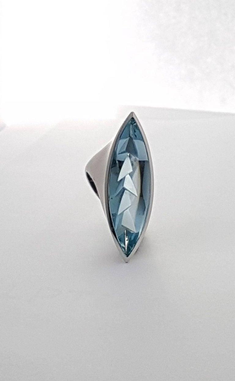 Women's Aquamarine Platinum Ring Atelier Munsteiner For Sale