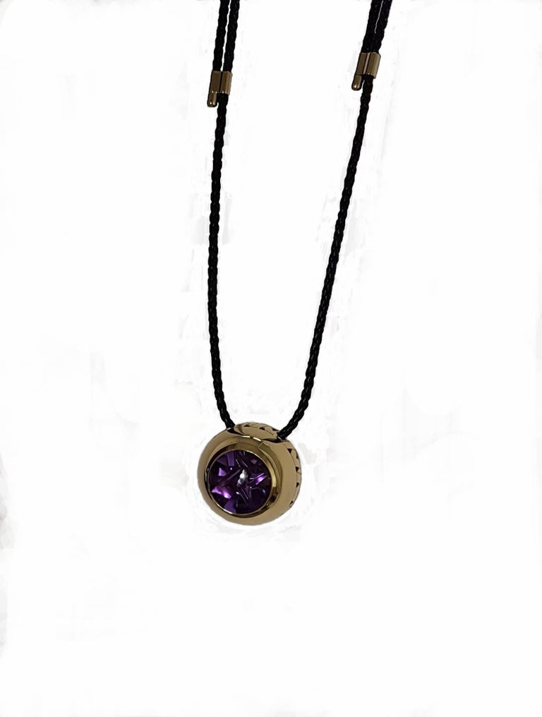 Women's Artistic Cut Amethyst Gold Pendant, Atelier Munsteiner, Wagner Collection For Sale