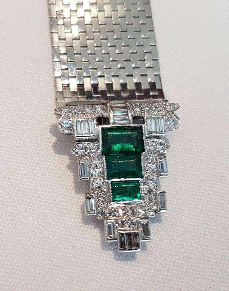 Art Deco Trabert & Hoeffer Mauboussin White Gold Bracelet Detachable Emerald-Diamond Clip For Sale