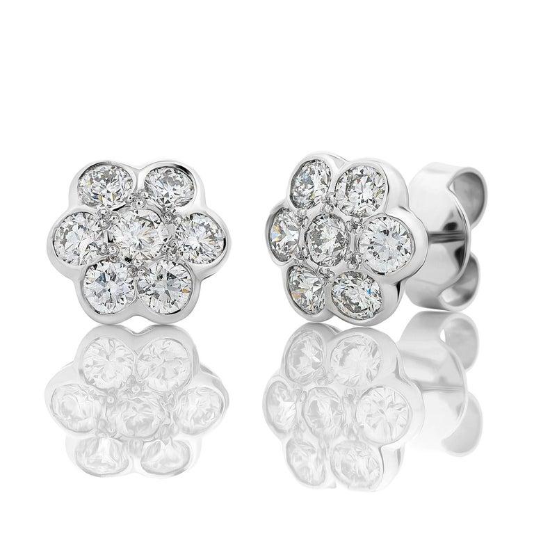 18ct White Gold 1.74ct Diamond Daisy Earrings  2